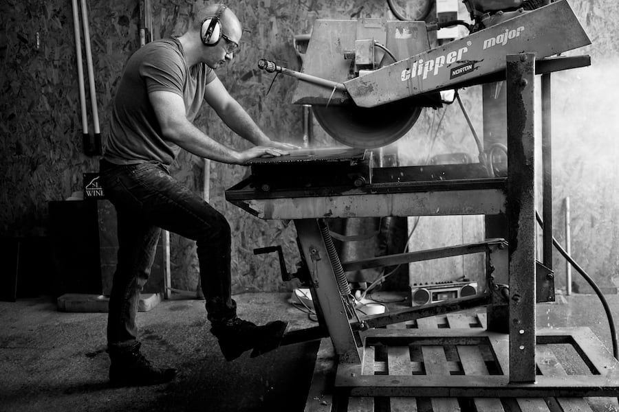 Ioan Raymond at the Contemporary Slate & Stone workshop